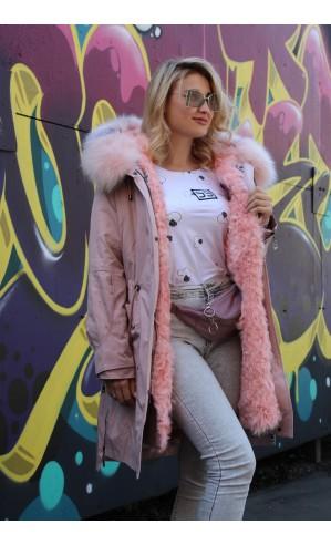 Розовая парка с мехом