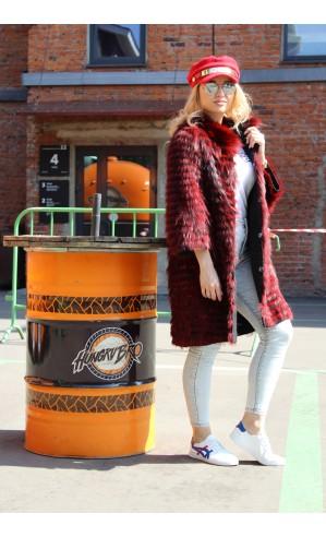 Красное пальто из чернобурки