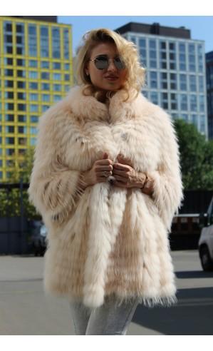 Пальто из чернобурки с воротом