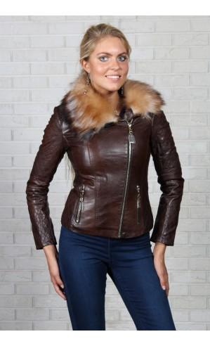 Коричневая куртка из экокожи